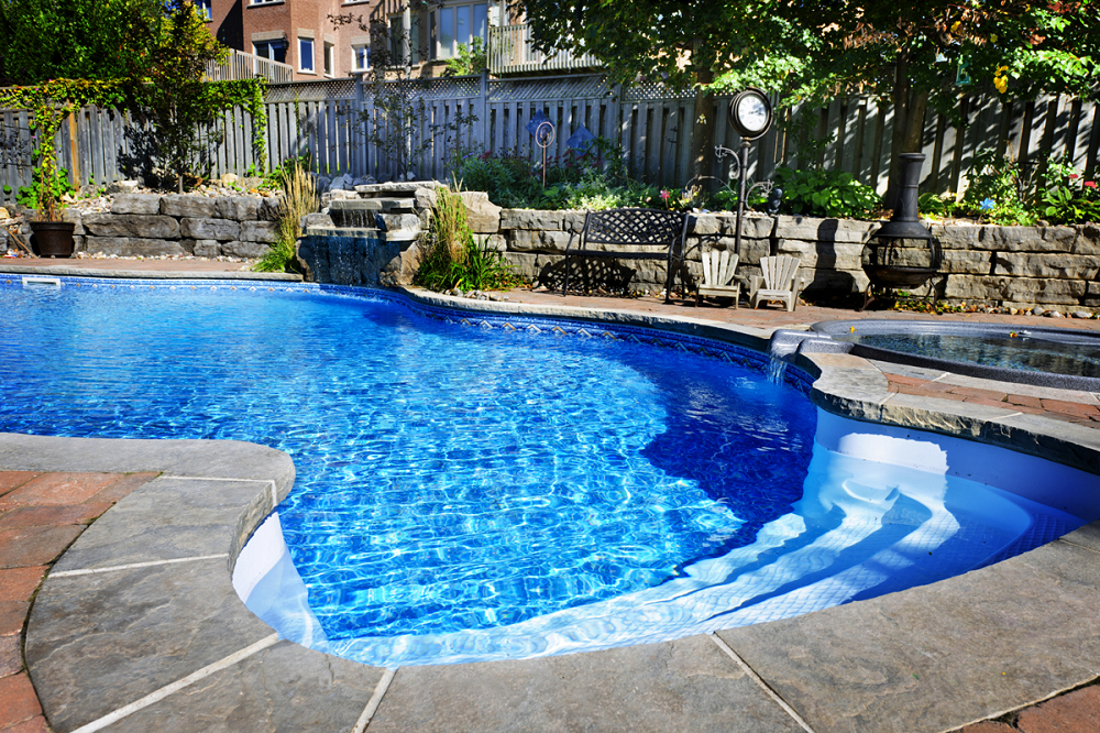 Five Subtle Signs That You Should Remodel Your Pool